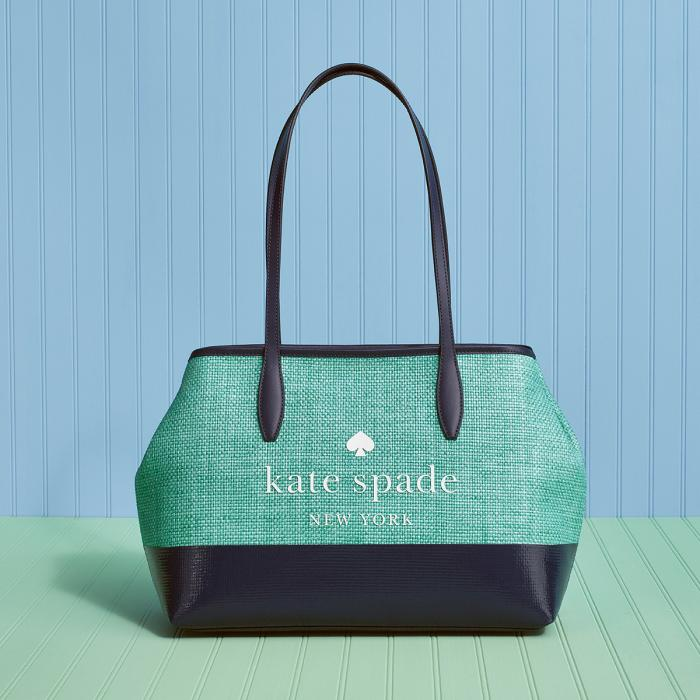 kate spade new york at Braintree Village