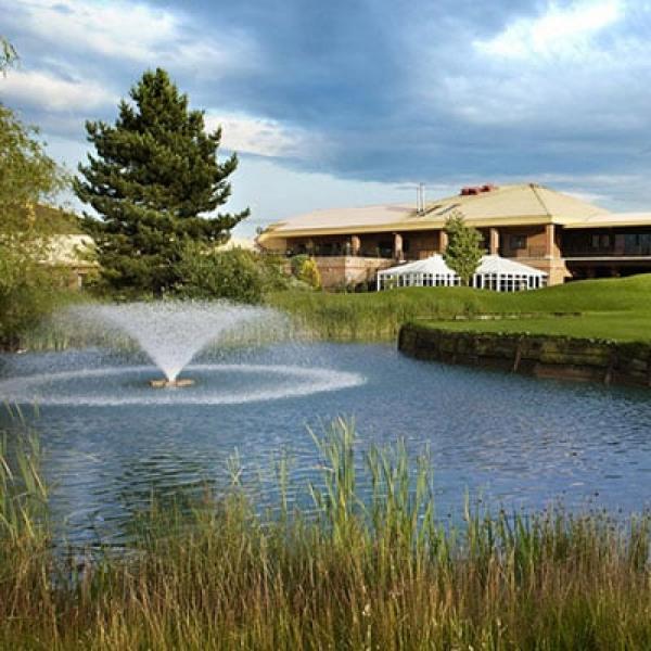 Hotels freeport braintree for Braintree freeport swimming pool